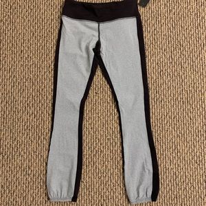 NWT Splits59 leggings size S